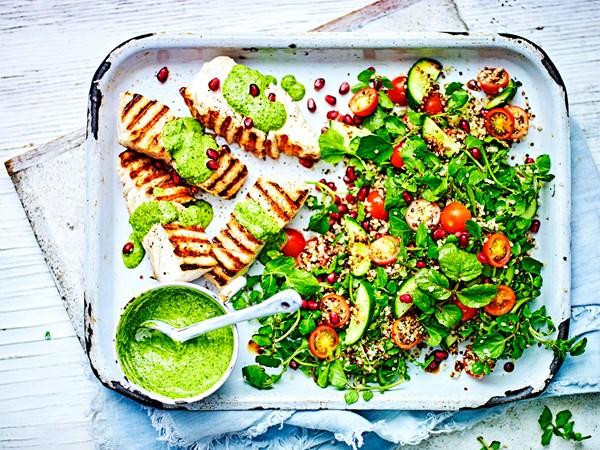 Fish and quinoa salad with green hummus