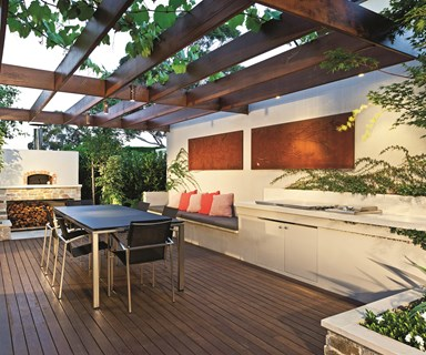 From courtyard deck to versatile outdoor room