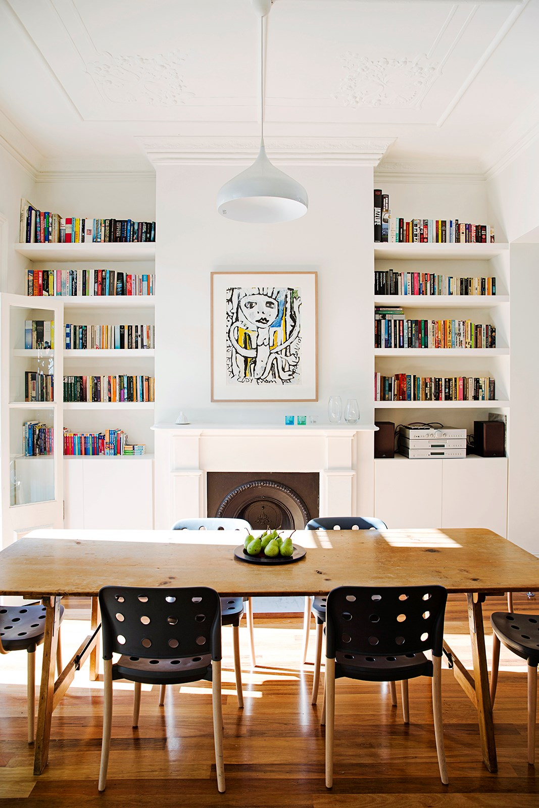 8 stylish solutions for small spaces homes - Small living space solutions property ...