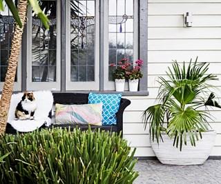 Californian bugalow front verandah