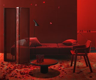 Red red room
