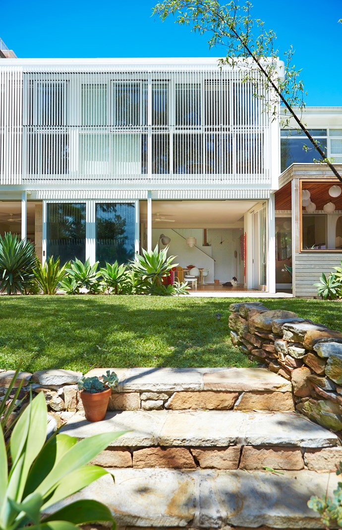 "Agave plants and sandstone unearthed on site dominate the coastal garden of this [Bondi beach house](http://www.homestolove.com.au/gallery-retro-inspired-bondi-beach-house-1636/|target=""_blank""). Photo: John Paul Urizar"