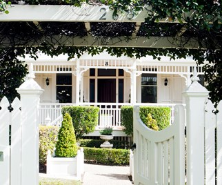 Beautiful white Queenslander