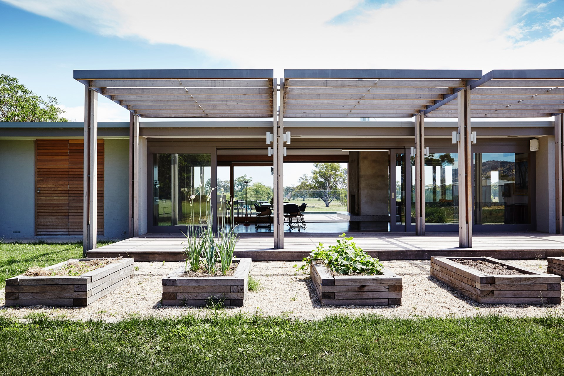 Contemporary revamp for 39 70s farmhouse homes for Modern 70s house