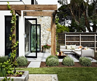 mediterranean courtyard ideas