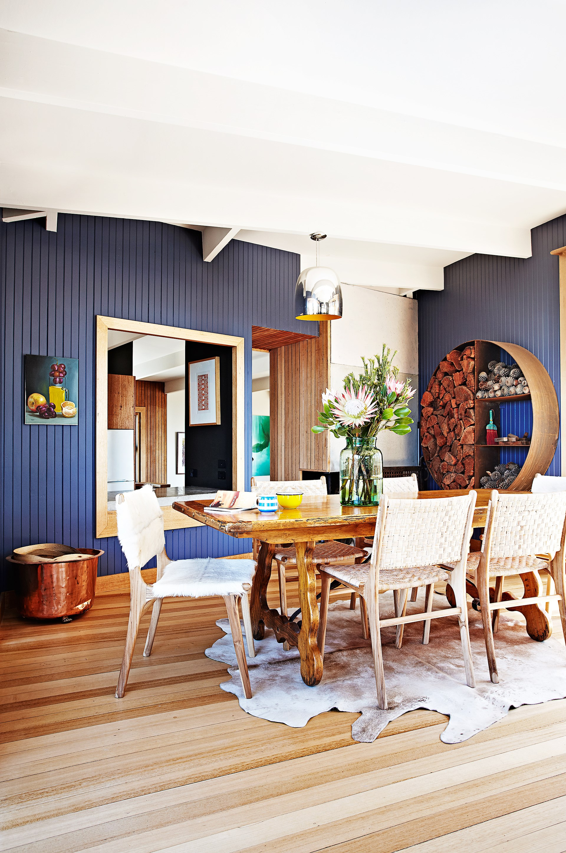"[> Kip & Co co-owner Kate Heppell used vibrant hues throughout her Mornington Peninsula home](http://www.homestolove.com.au/the-home-of-kip-and-co-co-owner-kate-heppell-3596|target=""_blank"")."