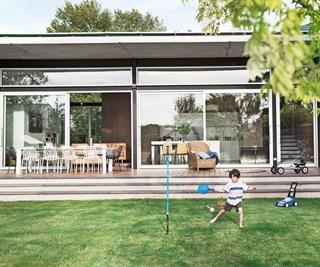 modern extension to Victorian villa