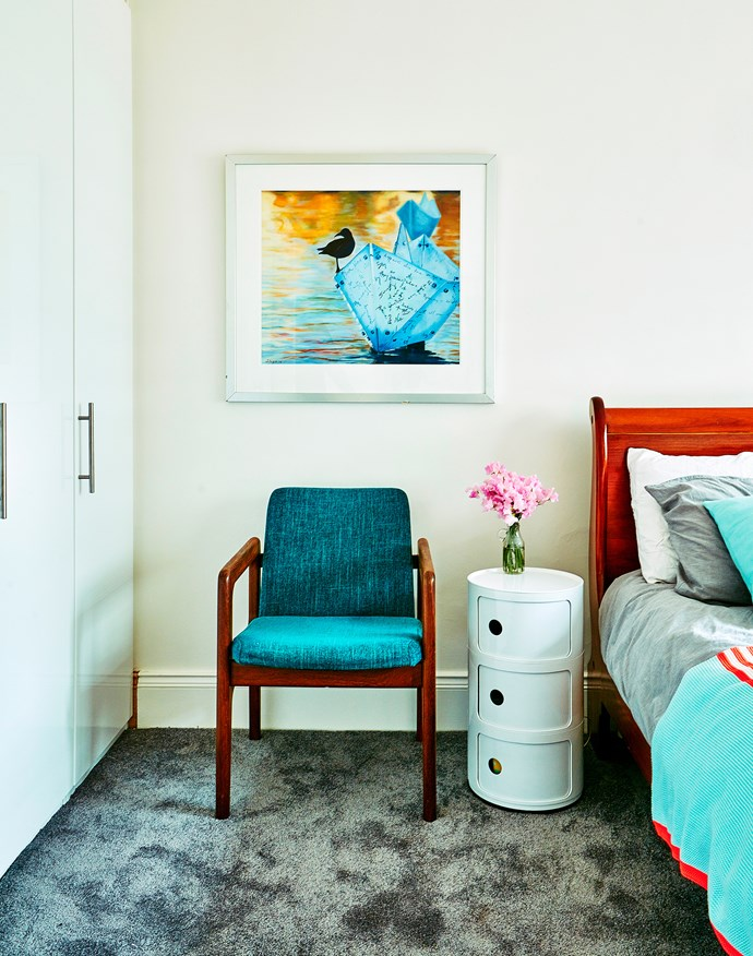 The artwork in the bedroom is by Susan Angus.