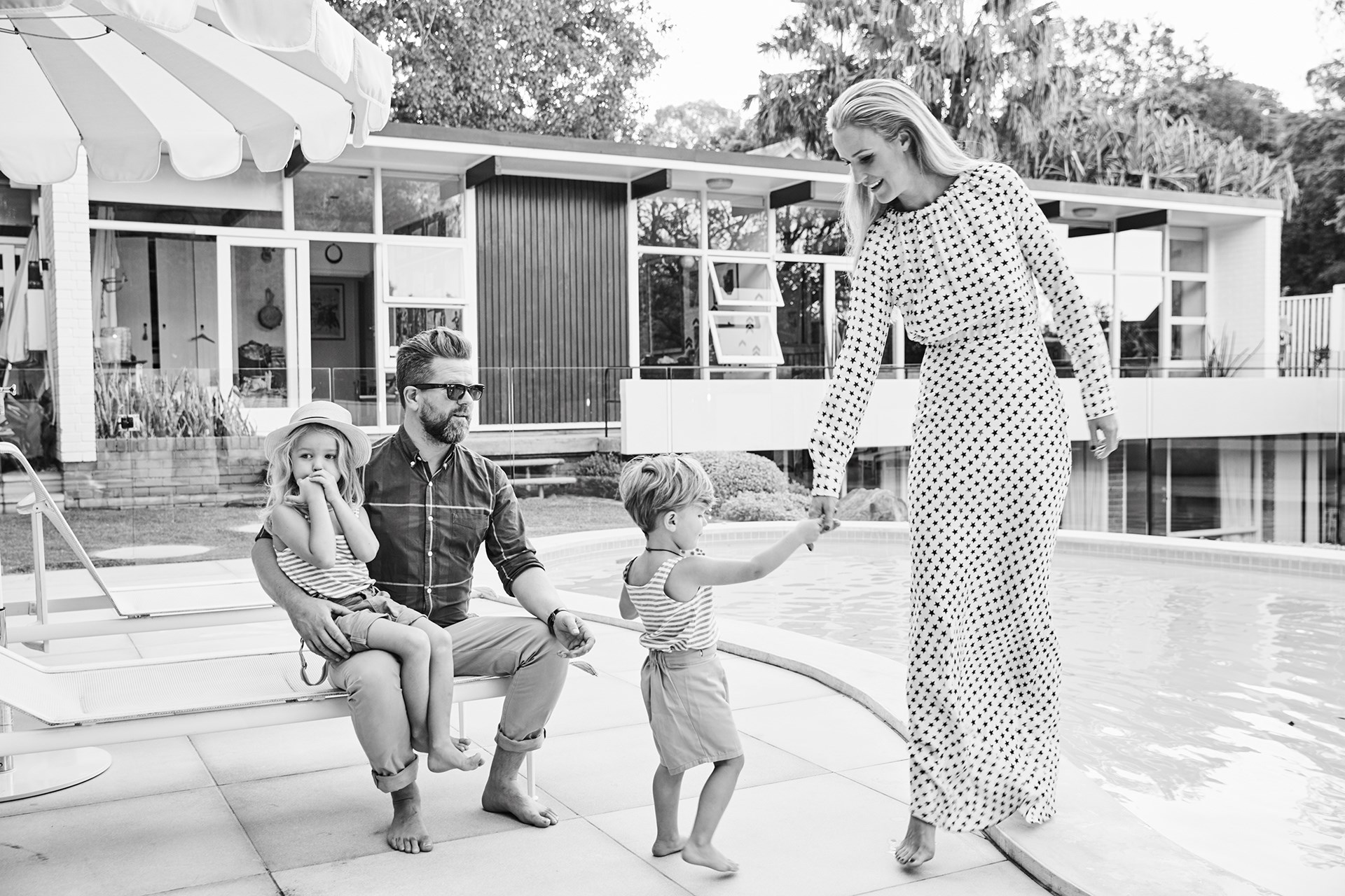 """[Comedian Tim and Michelle Ross' original 1950s home](http://www.homestolove.com.au/comedian-tim-ross-original-1950s-home-3980 target=""""_blank""""). Photo: Michael Naumoff / *real living*"""