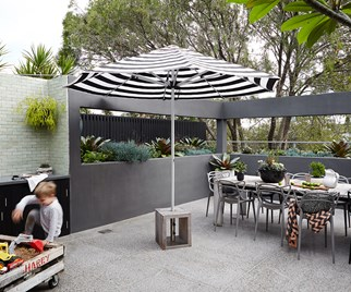 Courtyard design idea