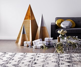 DIY plywood Christmas tree