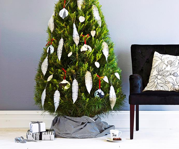 Christmas Tree Decorating Styles : Decorating christmas trees homes