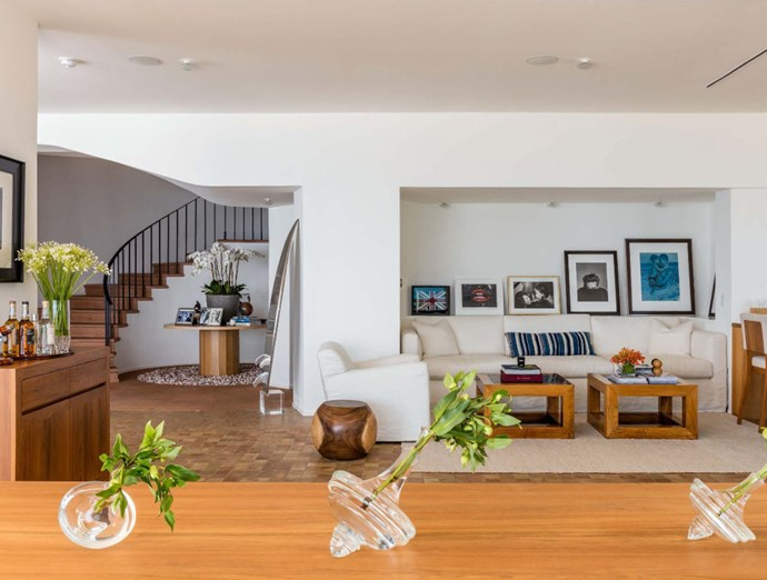 "The couple have renovated and decorated the home thoughtfully, celebrating their beachside location and making the most of each individual room. Photo: [Chris Cortazzo Malibu Real Estate](http://www.chriscortazzo.com/|target=""_blank""