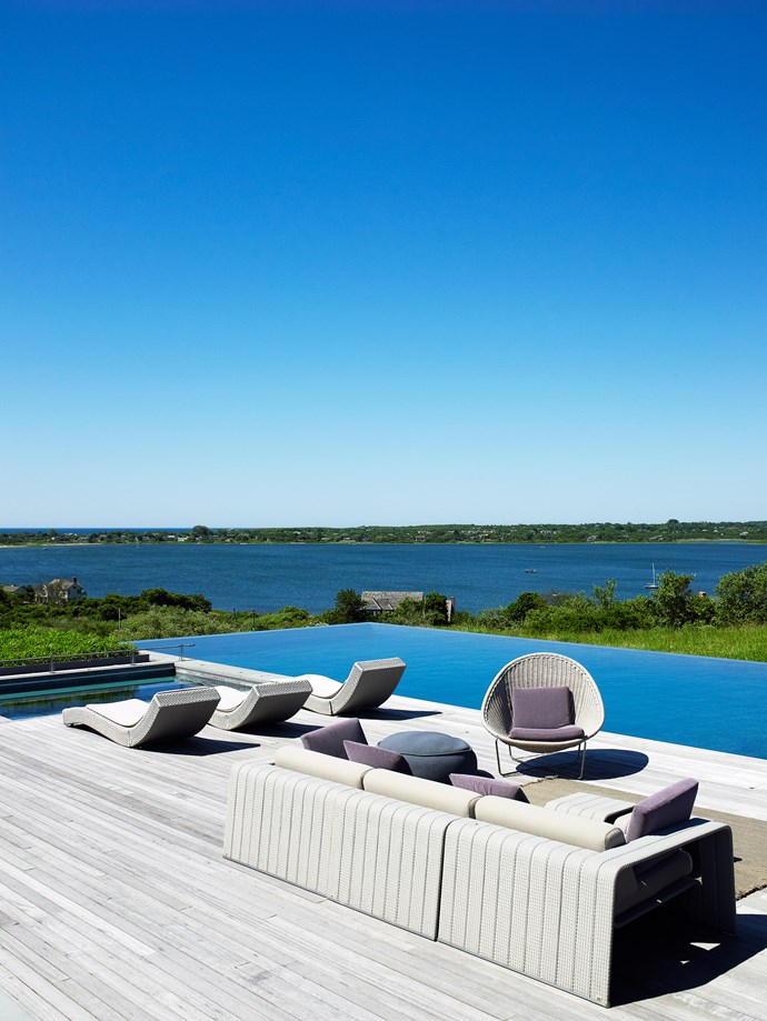 From this elevated position on the hillside, the vista encompasses the waters of Lake Montauk, Gardiners Bay and the Atlantic Ocean, with boats crisscrossing the stretches of blue. Together with the big open skies and the tranquil surroundings, it makes the perfect spot for an escapist retreat.