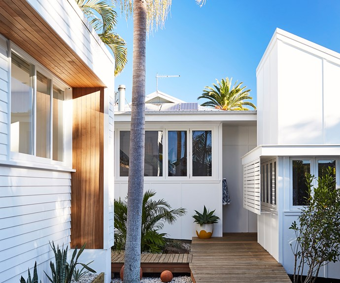 Bask & Stow Guesthouse opened in Byron Bay in August 2016. Guests can choose between the four individually styled suites - Sun, Sand, Salt, Sea.