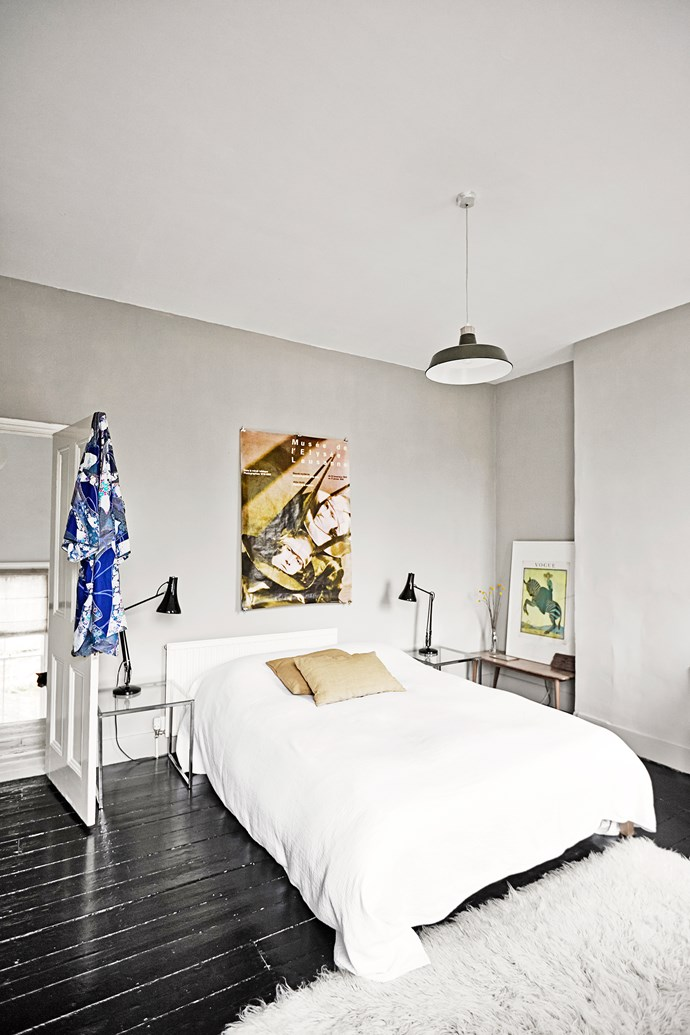 A white palette, lots of light and simple touches also feature in Nordic design, with the bedroom a perfect example of this. Colour pops come in decorating touches, such as artworks.