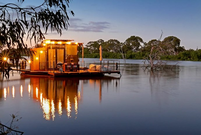 Photo via [Airbnb](https://www.airbnb.com.au/rooms/12932935?s=Wv_902da).
