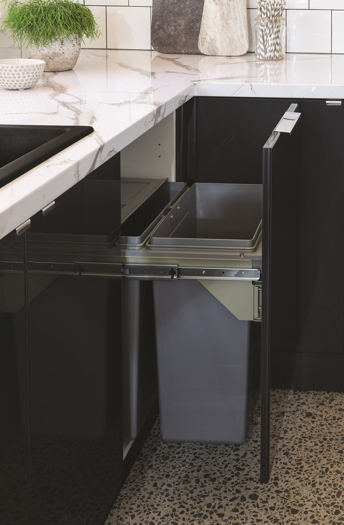 Hide away the rubbish with a side-mount pull-out bin. This one features two 31-litre removable bins.