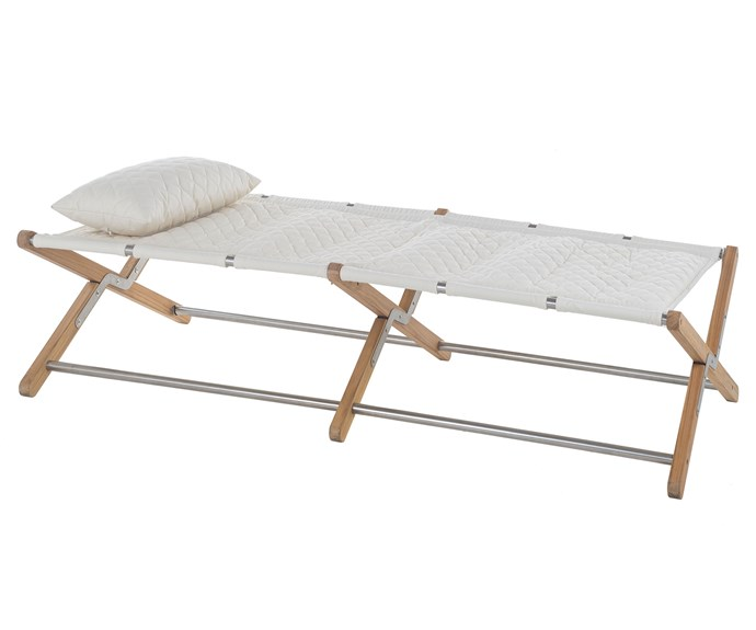 The camp bed by Jamie Durie for Unopiu.