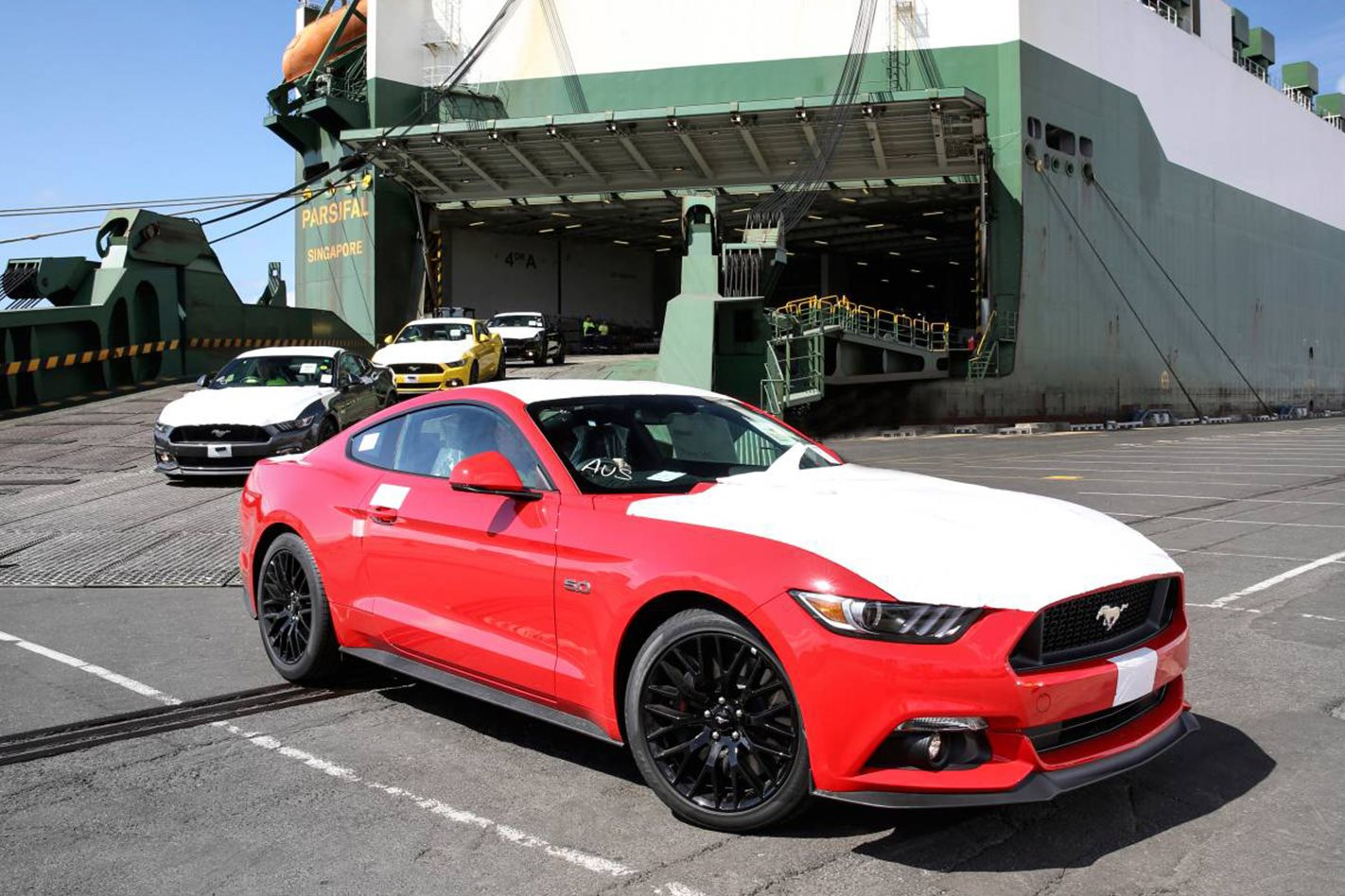 Ford mustang lands in australia but sold out until 2017 for Ford motor company 10k 2016