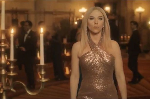 Scarlett appeared on *Saturday Night Live*, where she debuted her impression of Ivanka Trump.