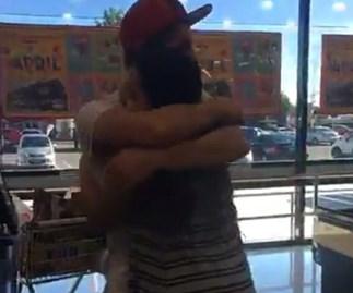 Kiwi teen's random act of kindness goes viral
