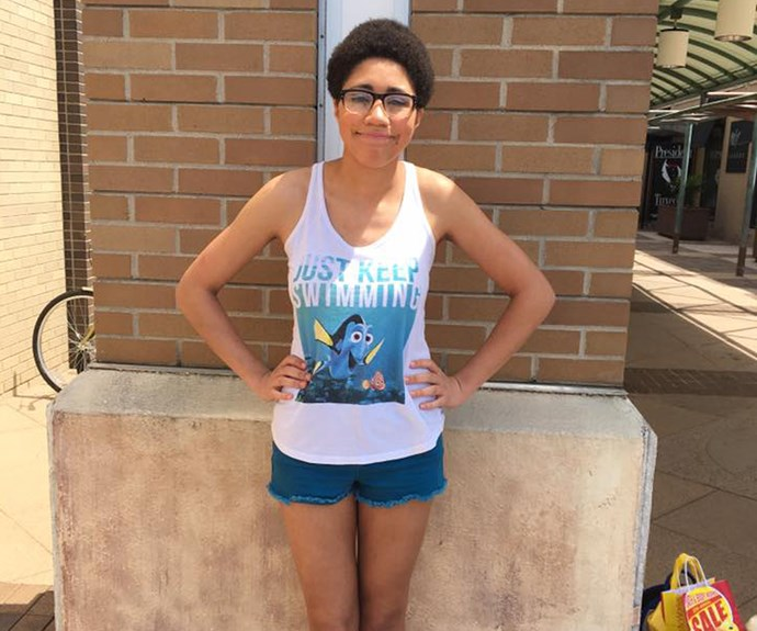 """Woman kicked out of shopping mall for """"inappropriate"""" Finding Nemo top"""