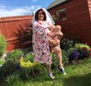 Mum recreates Beyonce baby photo shoot with hilarious results