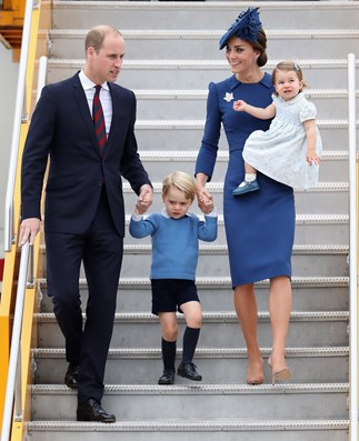 Kate and Charlotte make colour coordination look so easy