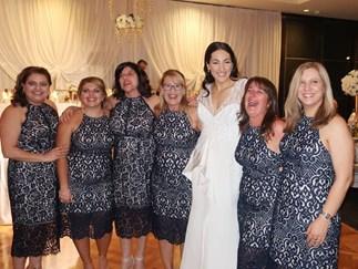 Six women wore exactly the same dress to wedding
