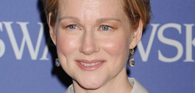 Laura Linney becomes mum at 49, after secret pregnancy