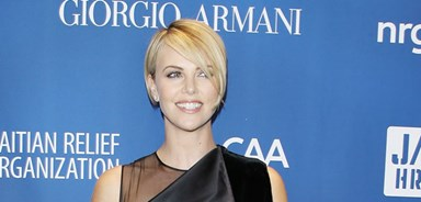 Charlize and Sean's relationship heats up