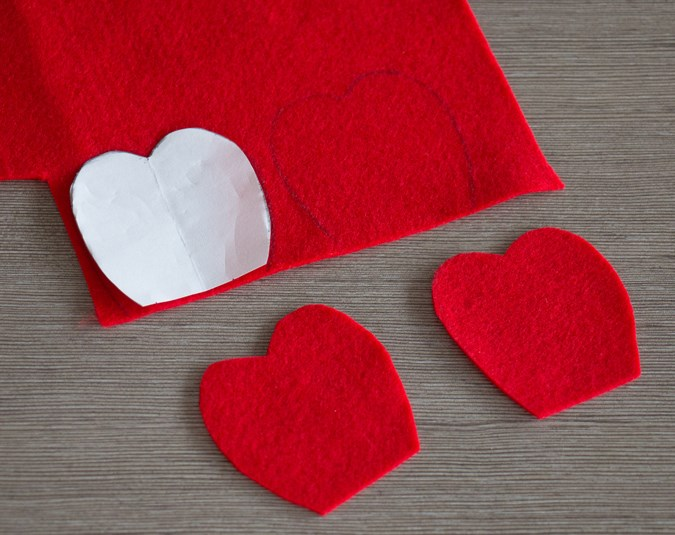 2. Trace your petal shape four times onto your felt and cut each one out.