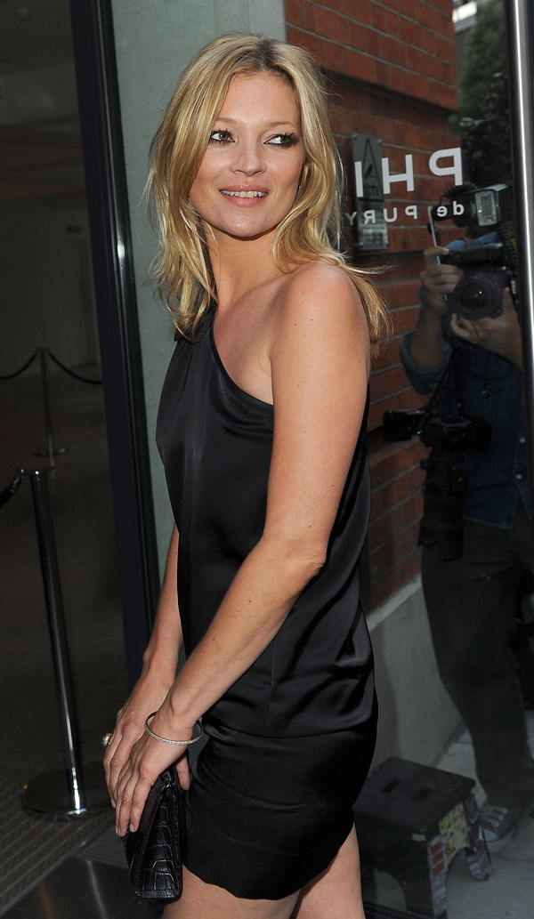 Kate Moss secretly wed two months ago?