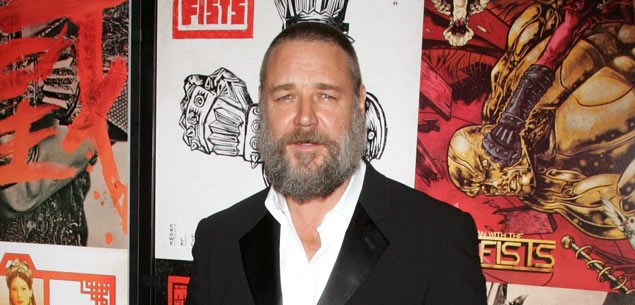 Russell Crowe wants more time with his kids