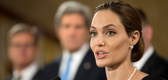 Angelina to play her mother in biopic