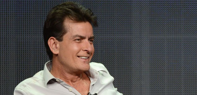 Charlie Sheen at war with co-star Selma Blair