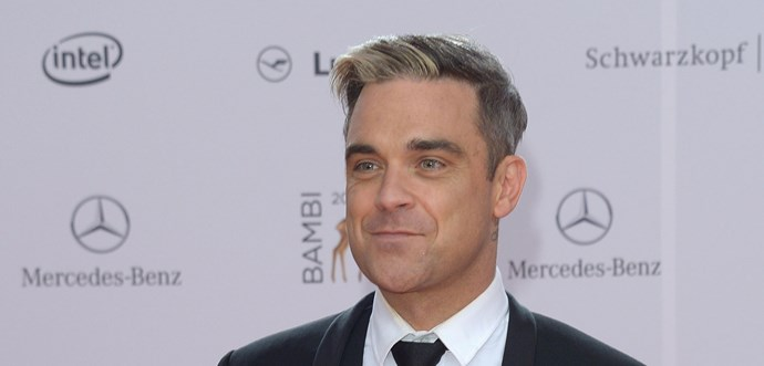 Robbie Williams wishes he'd swung both ways