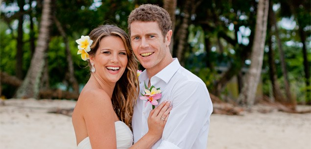 tony lochhead, samantha powell, nz all whites, soccer all whites, wedding, rarotonga
