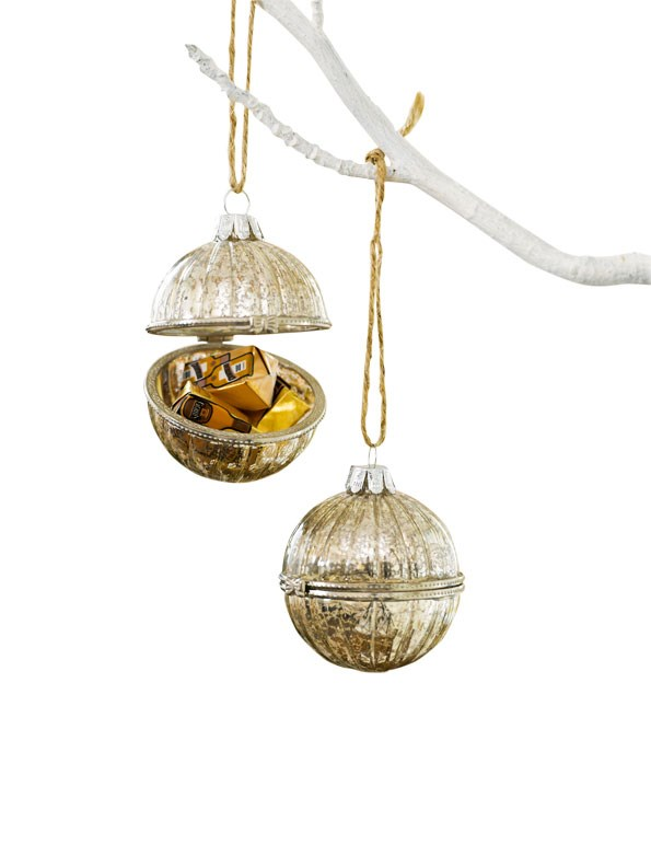 Fabergé Egg-style Decoration Set $24.99  from Ezibuy