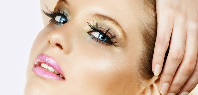 Stunning shimmer makeup tips