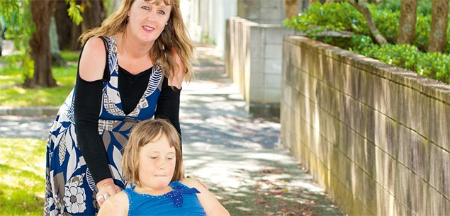 Charlotte Cleverley-Bisman and her mother Pam