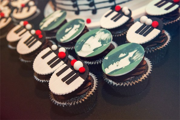Music-themed cupcakes hit the right note