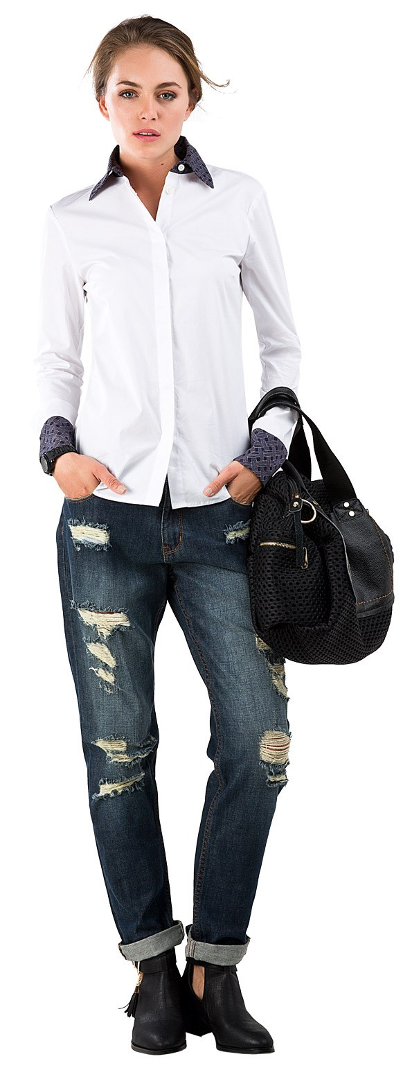 CASUAL Purple Heart shirt $279 from Trelise Cooper.Distressed jeans $59.99 from Glassons. Mesh bag $149 from Ketz-ke. Metric boot $119.95 from Hannahs. Love watch $189 from Ice-Watch.
