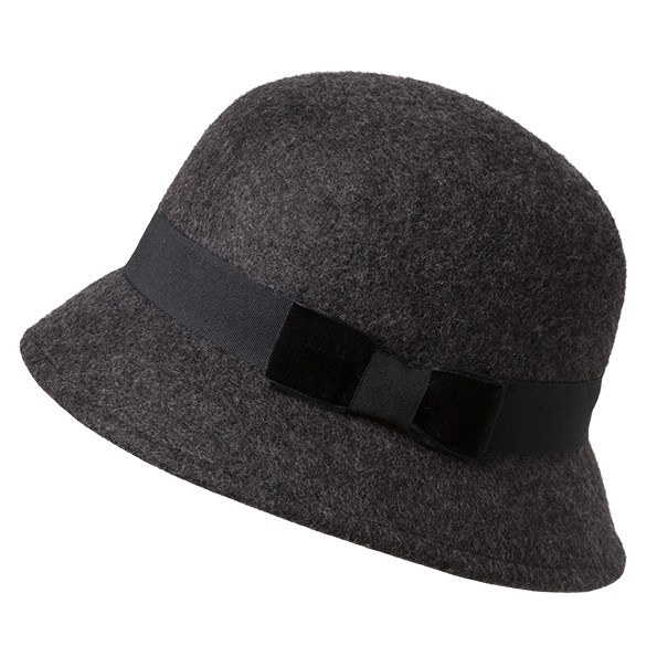 Glassons hat, $29.99. Call 0800 GLASSONS.