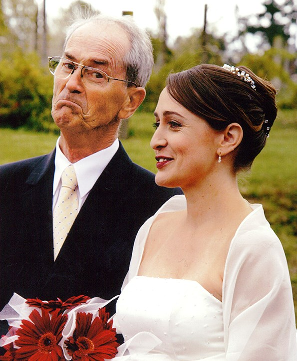 Thanks to her knowledge of CPR, Rochelle's dad David survived and he was able walk her down the aisle.