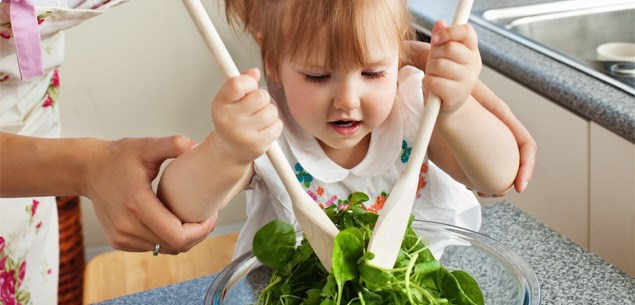 Tips for getting children into healthy eating habits