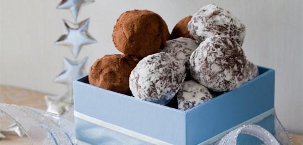 Cranberry Christmas truffles