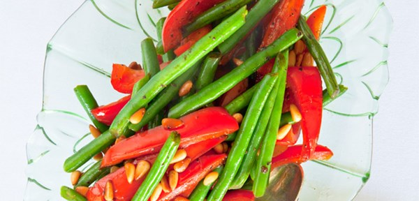 Roasted red capsicum and bean salad