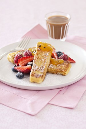 French toast fingers with berries and curd